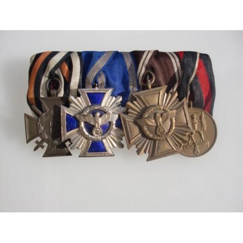 4 Medal Bar