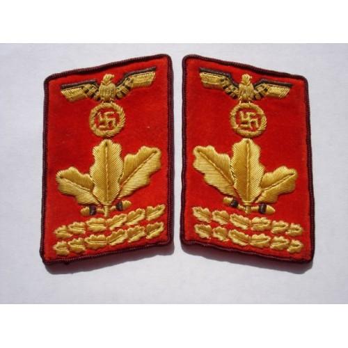 Gau Haupt-Dienstleiter Collar Tabs # 395