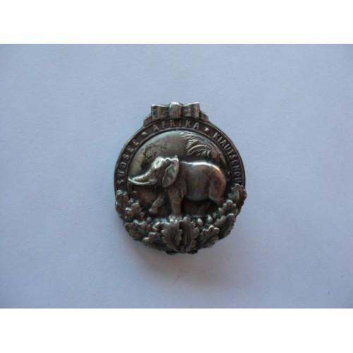 Colonial Badge # 520