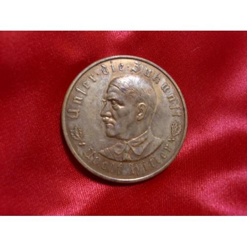 Hitler Medallion # 756