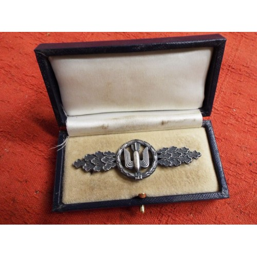Bomber Clasp, Cased # 2286